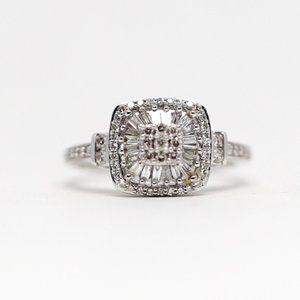 Antique 1 Carat Diamonds 14k Gold Engagement Ring